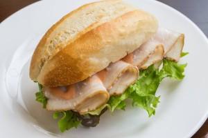イベリコ豚自家製ベーコンのサンドイッチ