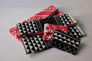ターイ族手織りポーチ